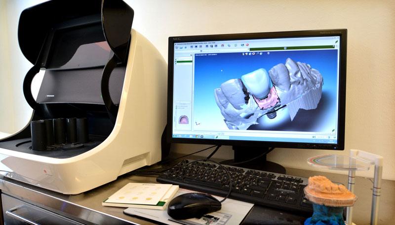 Los dentistas muestran las nuevas tendencias en salud bucodental